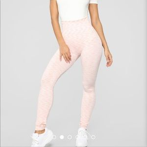 White/pink leggings